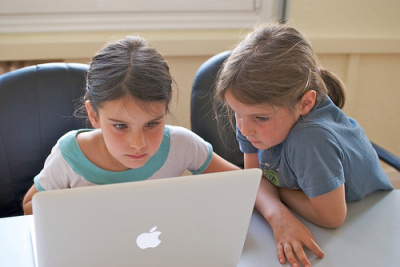 girls_pair_programming